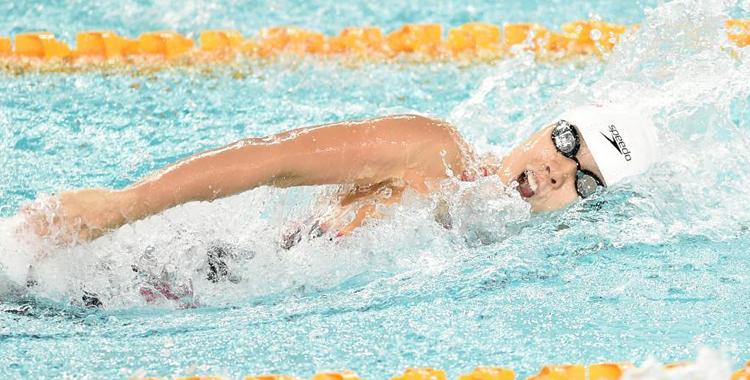 全國游泳爭霸賽:楊浚瑄獲女子100米自由泳冠軍